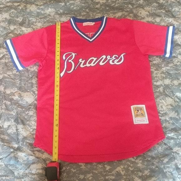 f73eb4230 Atlanta Braves Dale Murphy Throwback jersey. M 5b81a02baa57196f77b52c81.  Other Shirts you may like. MITCHELL   NESS ...
